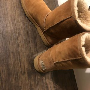 UGG Shoes - classic chestnut UGGS